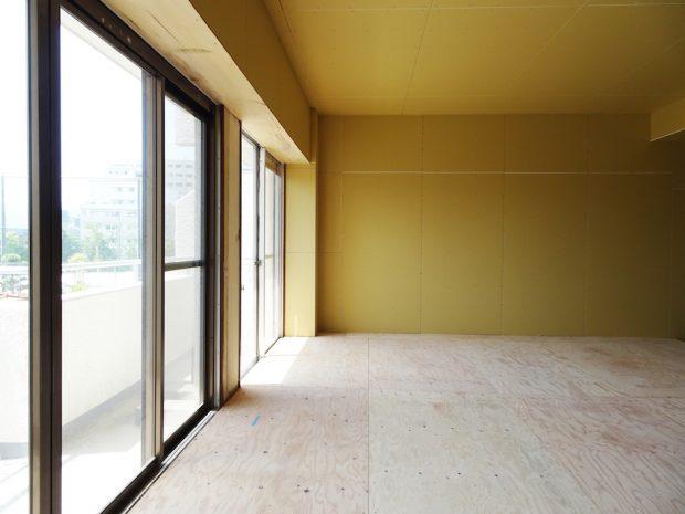 セミオーダー部分は、「洗面・トイレ以外の床材」、「リビング側の間取り」、「各室の壁・天井の仕上げ(クロス等)」、「各室の建具」、「設備はキッチン、トイレ」を選べます。